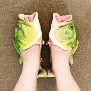 Papuci in forma de peste